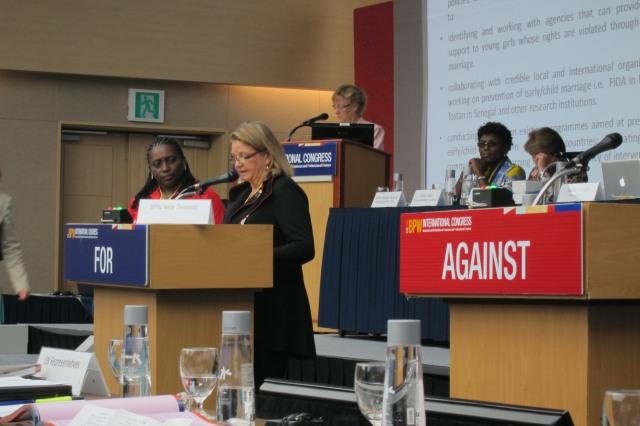 Sally Smith seconding Nigeria's resolution
